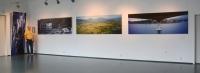 fire bilder og fotografen, utstilling på Fana kulturhus.